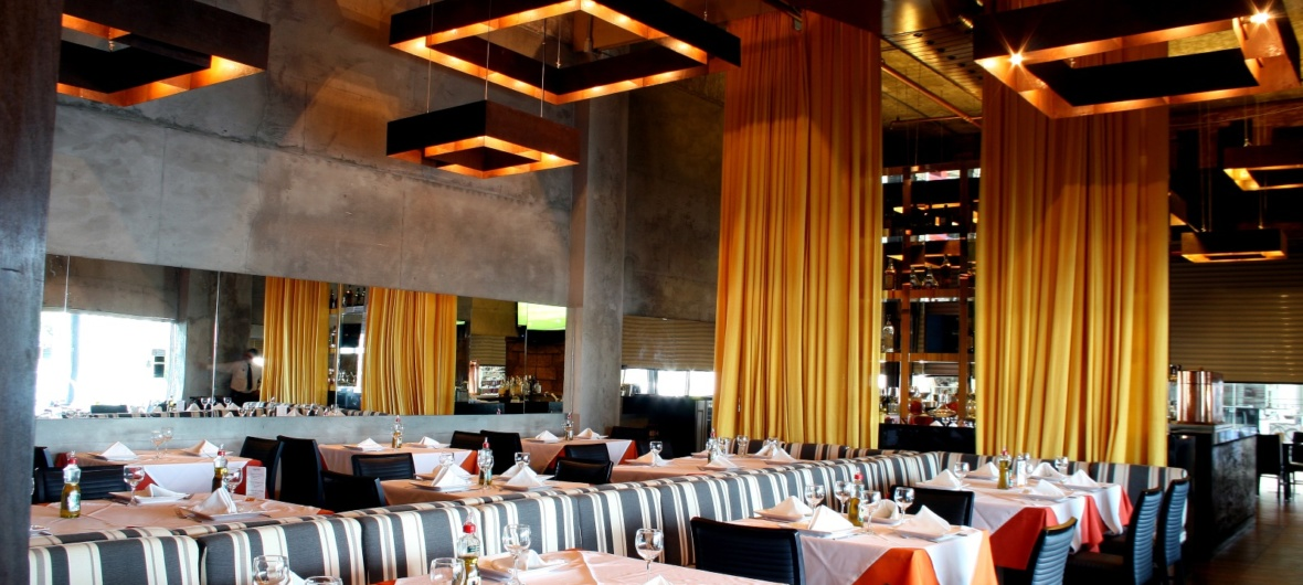 Interior do Restaurante Ferreiro Grill Aracaju